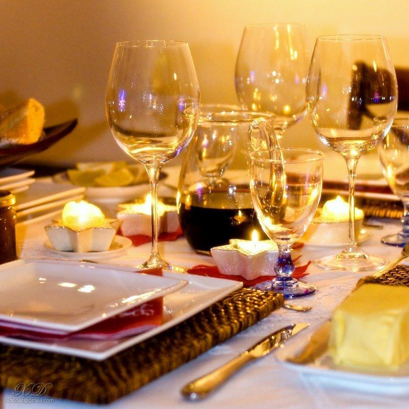 dinner table, reeveillon dinner
