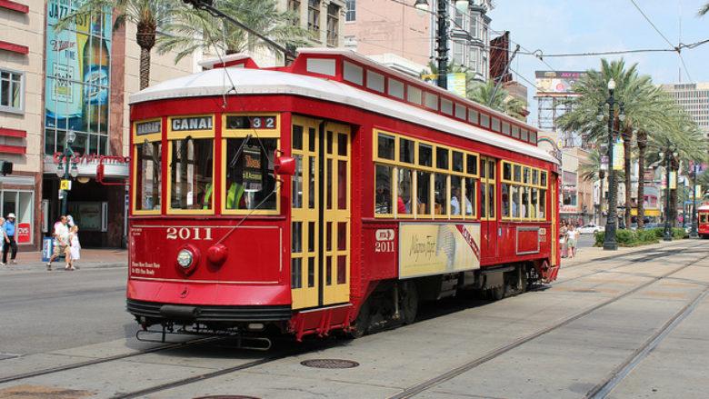 streetcar-canal-street