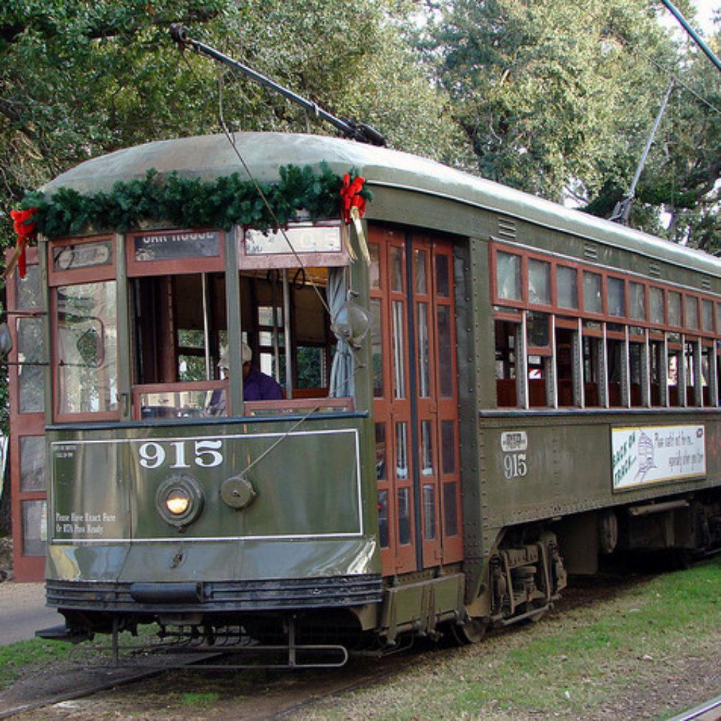 christmas-streetcar