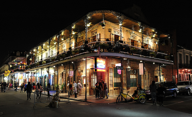 french-quarter-night