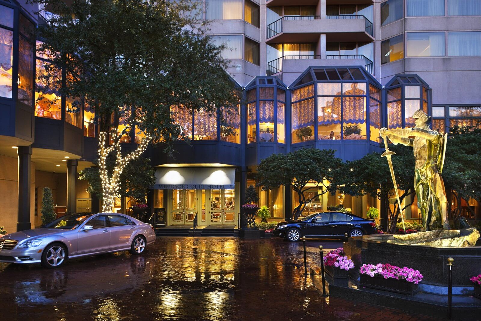 Windsor Court Hotel Courtyard